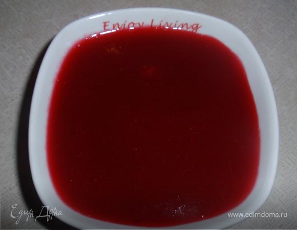 Кофейно-клюквенный брауни с калиновым сиропом