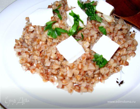Гречневая каша с имбирем и домашним сыром
