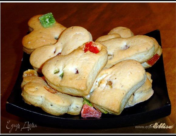 Постное печенье с орехами и цукатами