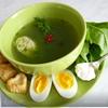 Суп со шпинатом и сырным печеньем