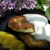 Воскресные сырники с персиками