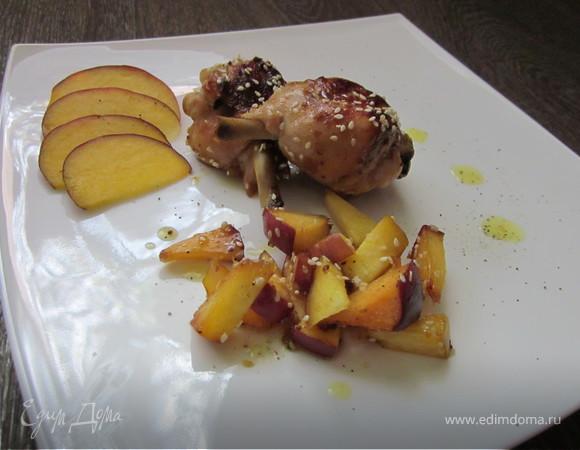 Куриные голени с персиком