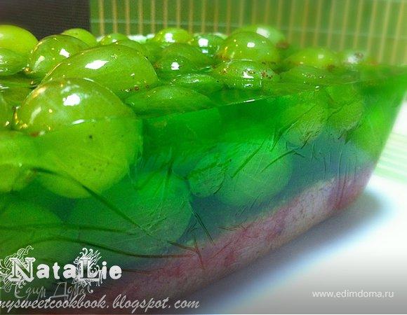 Торт-желе с виноградом