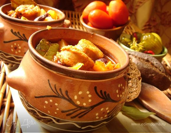 Томатный айнтопф с чесночными колбасками