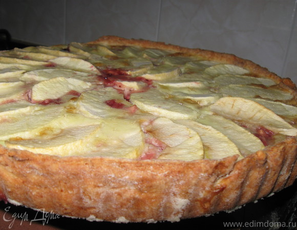 Пай из творожного теста с яблоками