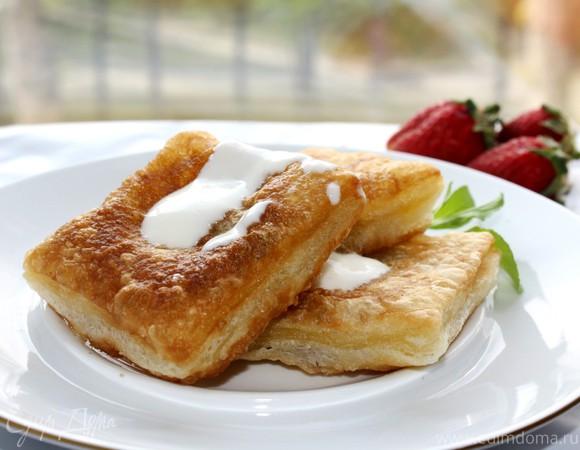 Десертные равиоли со сливочным кремом