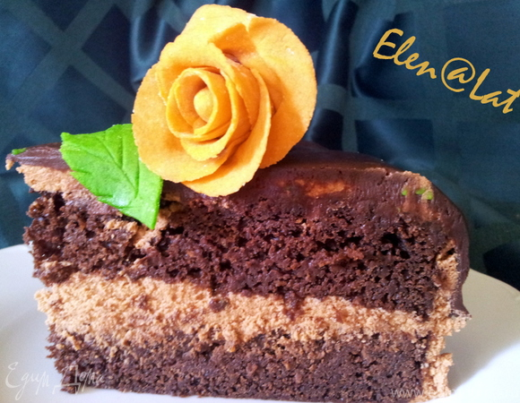 Шоколадно-морковный торт