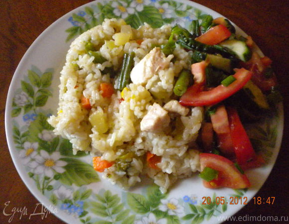 Рис с имбирём, овощами и куриной грудкой