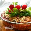 Лазанья из ржаных блинчиков с курицей, томатами и базиликом