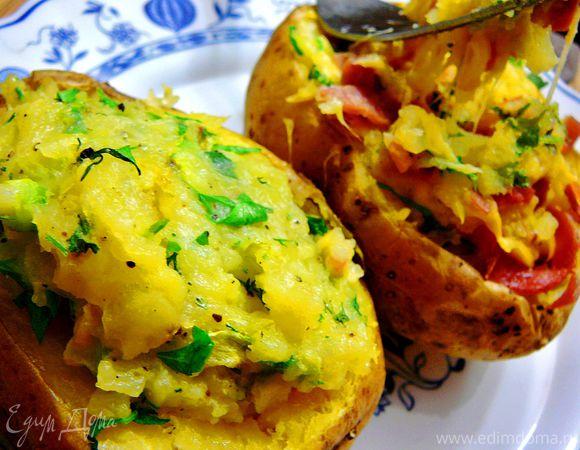 Дважды запеченный картофель с двумя начинками