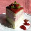 Клубнично-мятный баварский торт