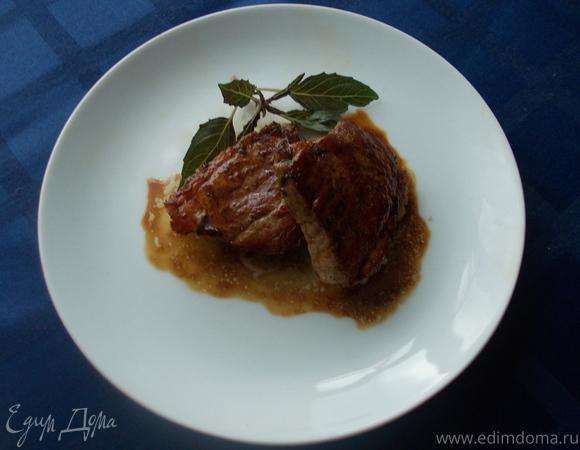 Свинина под коньячным соусом
