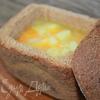 Чечевичный суп в хлебе