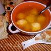"""Бульон """"послепраздничный"""" с сырными клецками"""
