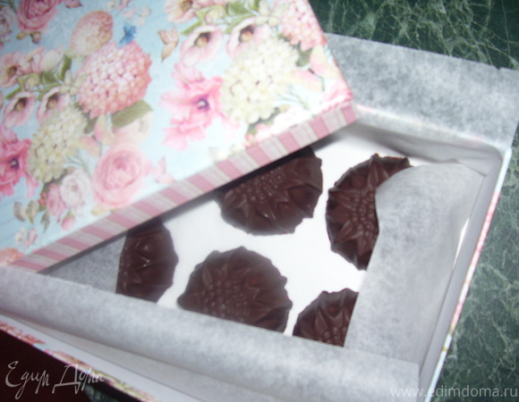 Конфеты с персиками и творожным суфле