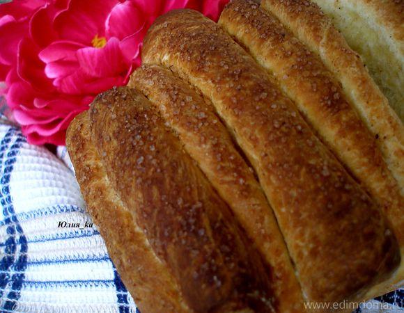 Слоеный сладкий хлеб с корицей