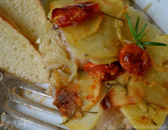 Курочка под картофельной корочкой