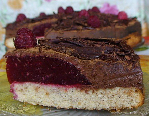 """Торт """"Малиновый купол"""" с шоколадным крем-муссом"""