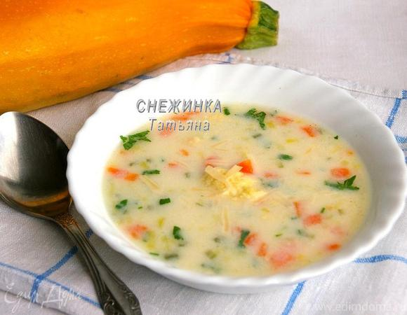 Сырный суп с клецками из кабачка и сыра Джюгас