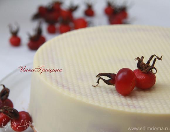Белый торт с шиповниковым кердом
