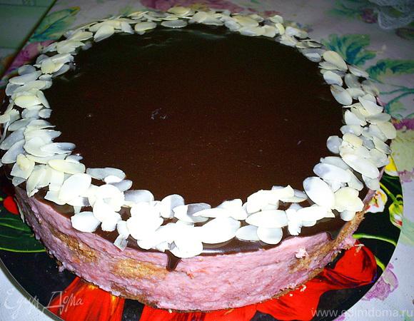 """Торт """"Клубничный соблазн"""""""