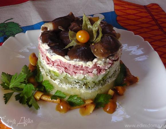 Салат грибной