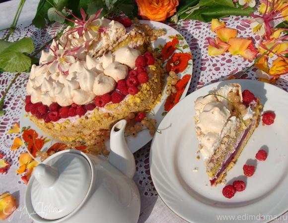"Торт ""Малиновая шкатулка"""