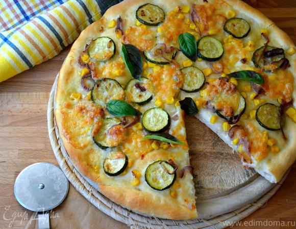 """Пицца """"Летняя"""" с цукини и кукурузой"""