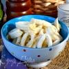 Кальмары с луком в сметанном соусе