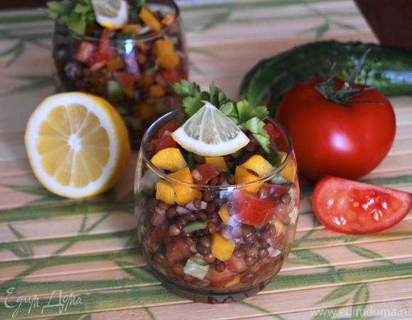 Салат из овощей и чечевицы