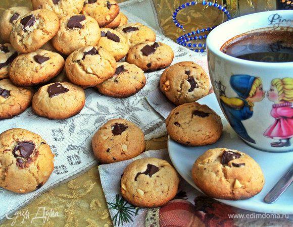 Овсяное печенье с шоколадом и арахисом