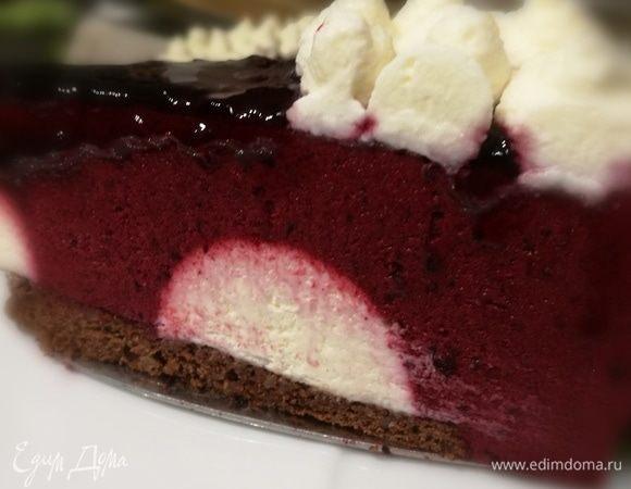 Муссовый торт из черной смородины