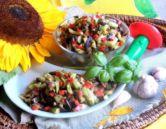 Салат из баклажана и огурца