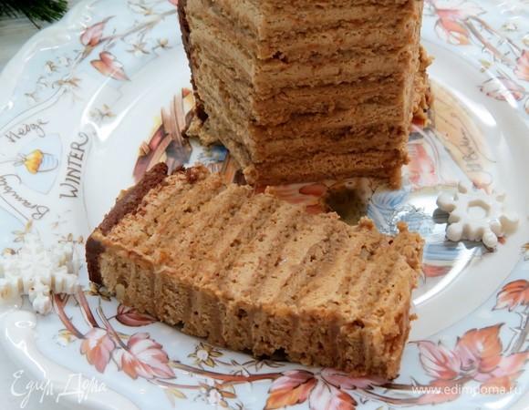 Торт «Грецкий орех, кофе, карамель»