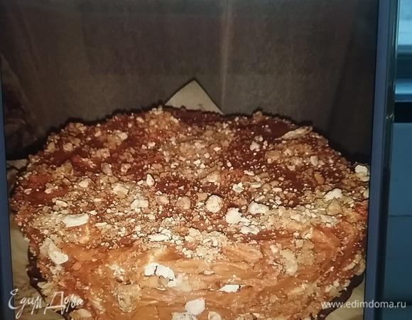 """Торт """"Особенный"""", грецкие орехи под безе"""