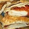 Курица с помидорами и сыром в лаваше