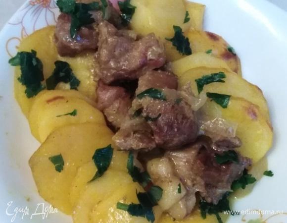 Картофель по-деревенски со свининой