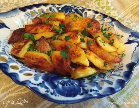 Запеченный отварной картофель