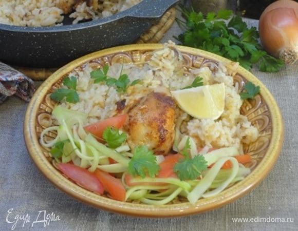 Пряные куриные голени с рисом