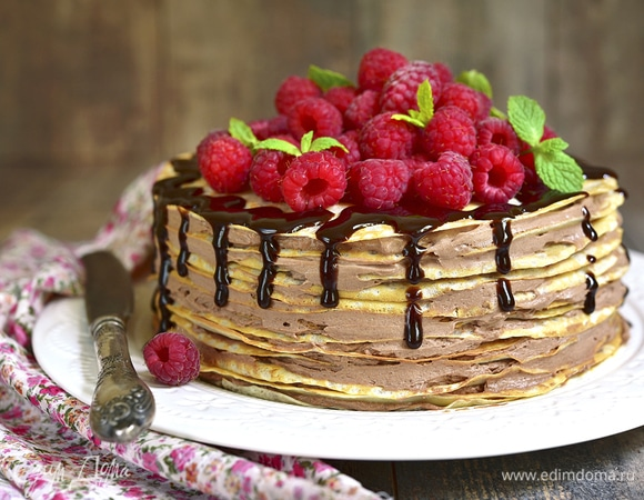 Слоеное удовольствие: готовим блинный торт на Масленицу