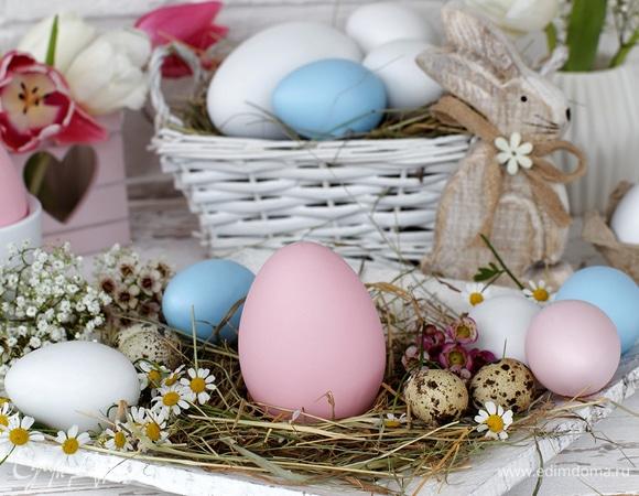 Инфографика: как окрасить яйца натуральными красителями