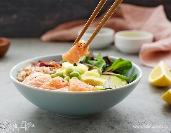 Кулинарный тренд: что такое поке и с чем его едят