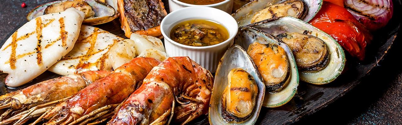 Пикник с морским акцентом: готовим рыбу и морепродукты на гриле