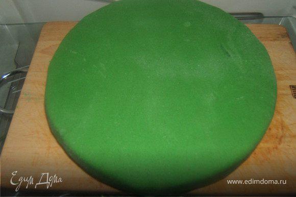 1 ярус - покрыла зеленой мастикой