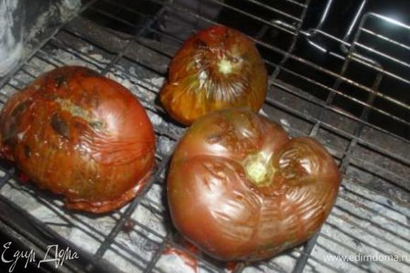 Тем временем готовим харавац. Овощи обжарить на сильном огне до образования черной корочки,