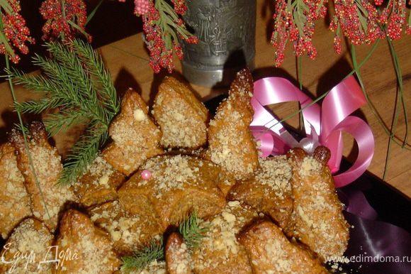 В итоге получаем нежное, тающее во рту печенье, с медовым ароматом и ореховым вкусом.