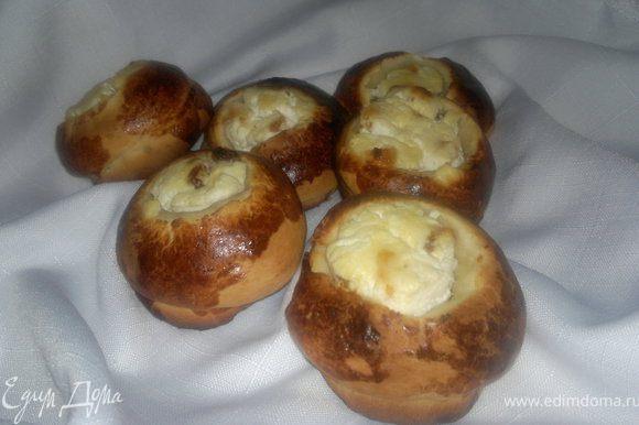 очень вкусные и нежные получились булочки с начинкой))) Приятного всем апетита!!!!