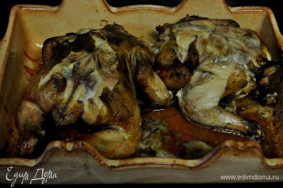 Готовые куропатки достать из духовки и прикрыть фольгой, дать им отдохнуть 5-10мин.
