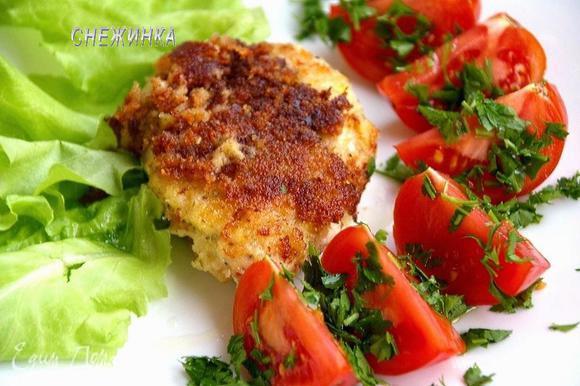 Прекрасным дополнением будет любой соус SACLA с томатами или помидоры с петрушкой и оливковым маслом. Buon appetito!