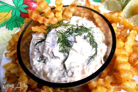 Опять перемешиваем и даём немного настояться,пока жарим картофель.